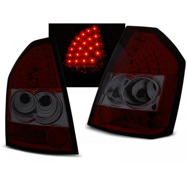 Baklykter CHRYSLER 300C/300 09-10 RED SMOKE LED